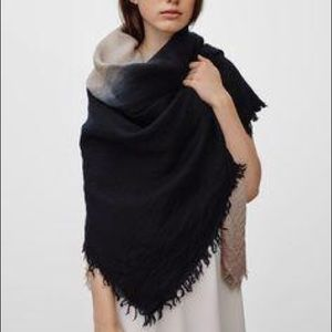 Aritzia Ombré Blanket Scarf